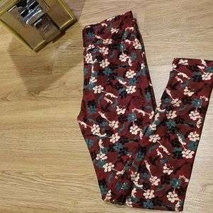 NWOT LulaRoe Leggings